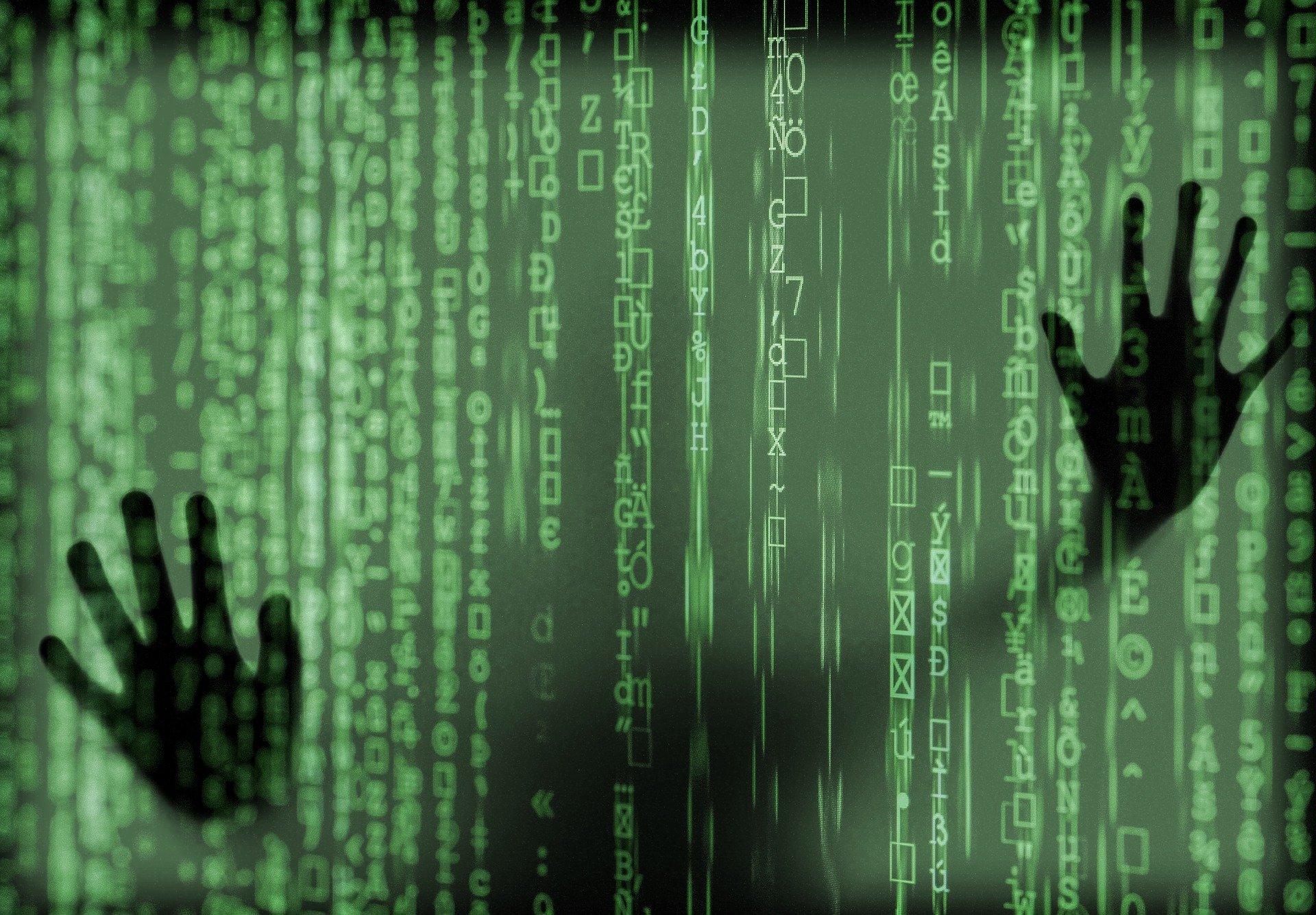 hacker-4031973_1920