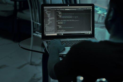 Ilustracni_foto_hacking_Gopas_(1)