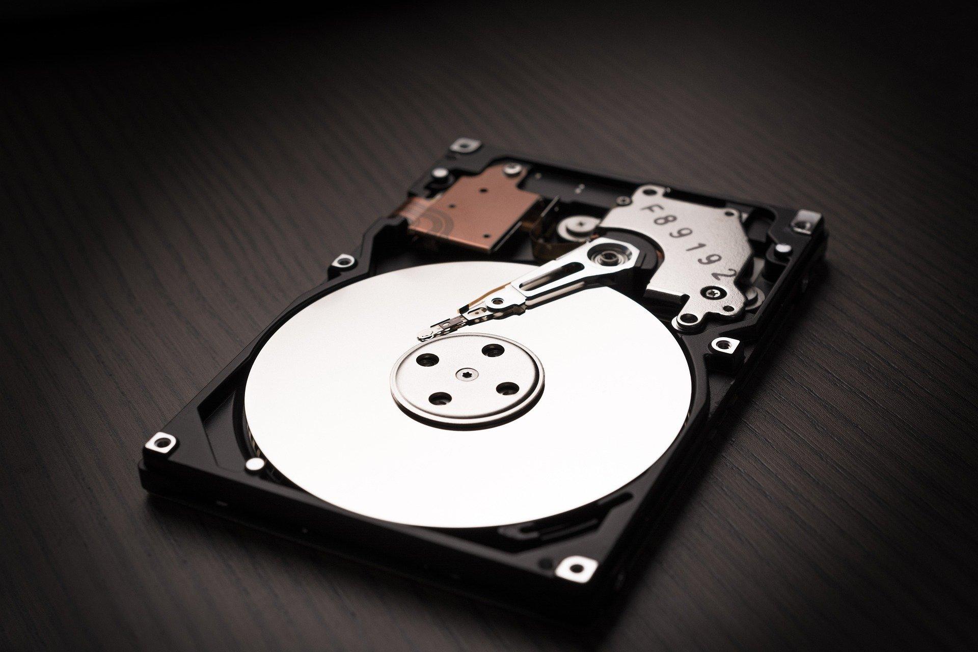 hard-drive-5235642_1920